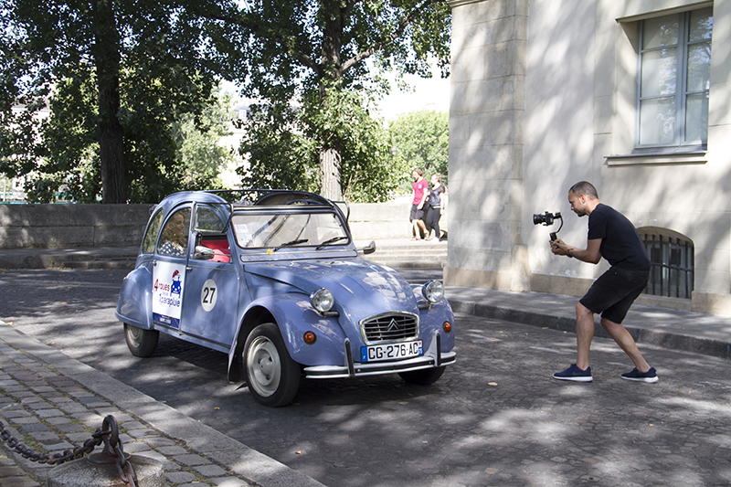 somewhere-in-paris-2cv-backstage_4